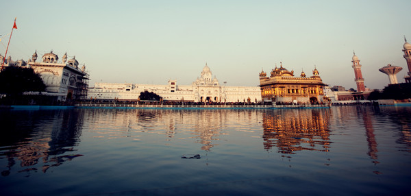 enter the golden temple